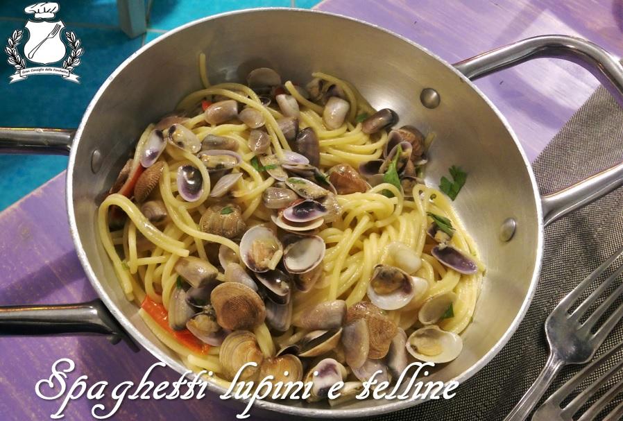 gran-consiglio-della-forchetta-spaghetti-lupini-e-telline