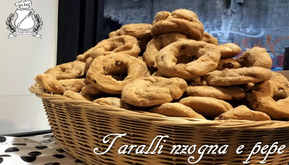 Taralli nzogna e pepe - Ricetta