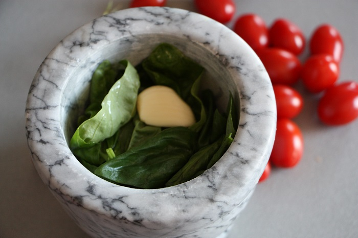 busiate con pesto alla trapanese