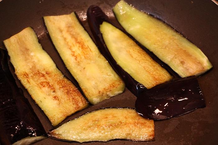 involtini di melanzane - frittura delle melanzane