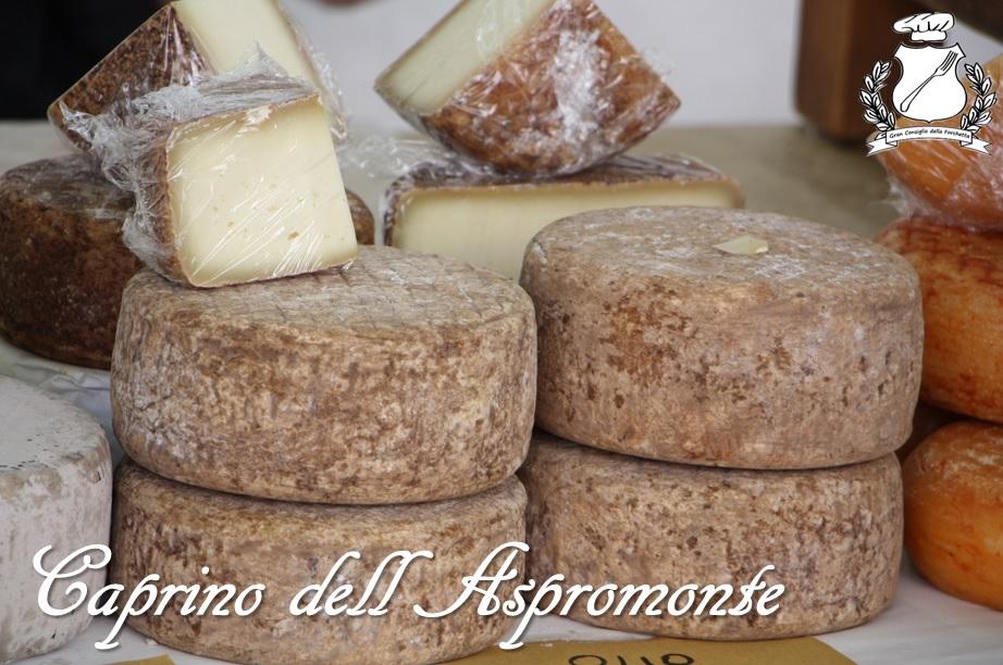 caprino dell'asporomonte formaggio