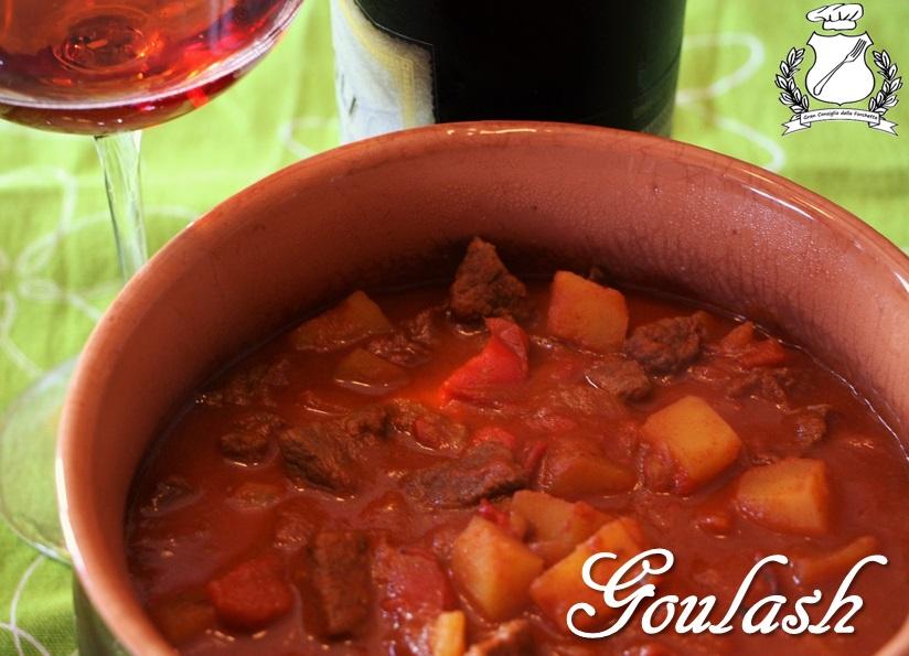 Goulasch ricetta