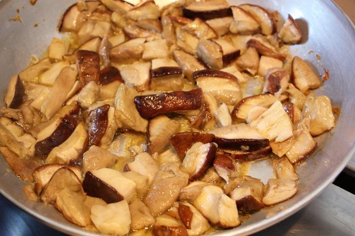 ricetta - tagliatelle ai funghi porcini
