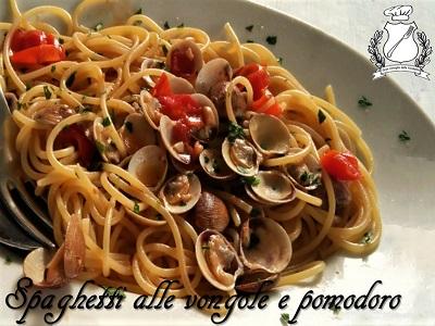 Spaghetti vongole e pomodoro