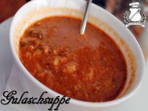gulaschsuppe - zuppa di gulasch