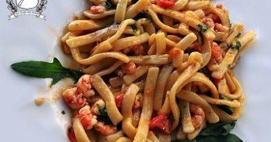 scialatielli gamberetti rucola e pomodorini m