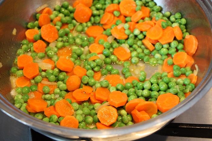 carote e piselli in umido