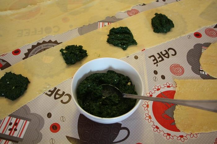 ravioli di cavolo nero pinoli pecorino e timo 07