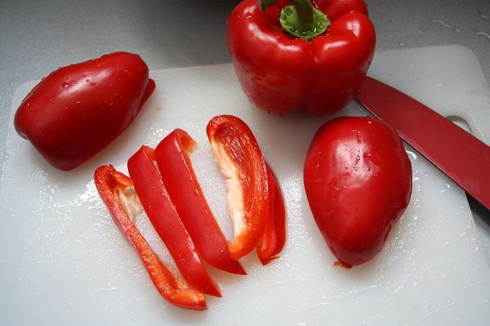 straccetti di manzo con peperoni e porri