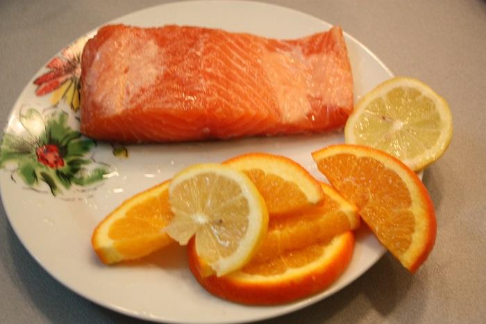 salmone agli agrumi con maionese d'arancia