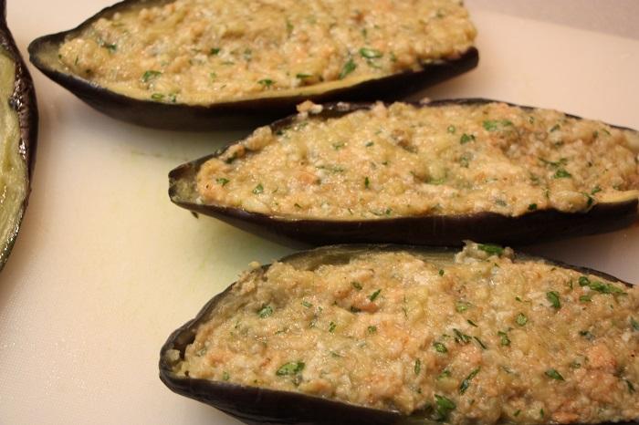 melanzane ripiene senza carne al sugo (Mulingiane chine)