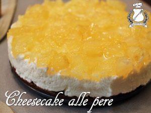 Cheesecake alle pere con base al cioccolato