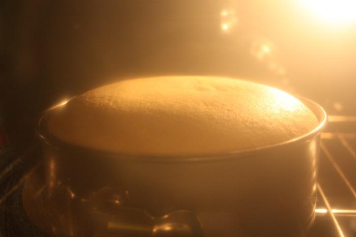 preparazione del pan di spagna