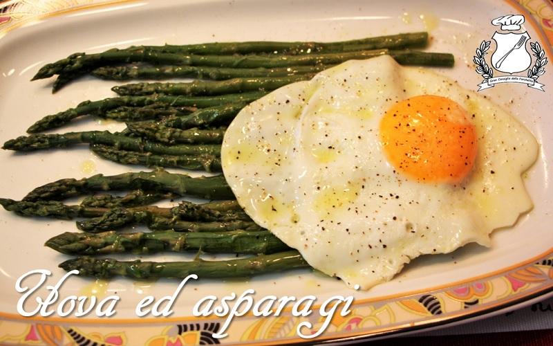 uova ed asparagi