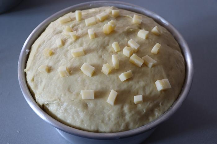Torta di Pasqua umbra al formaggio