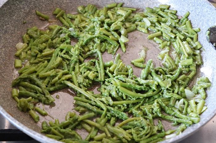 tacconi di fave con gli asparagi