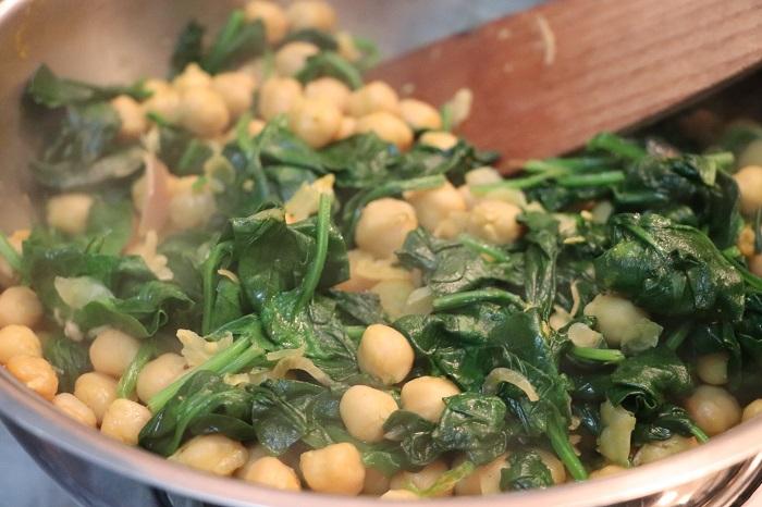 Ceci con spinaci (Garbanzos con espinacas) 06