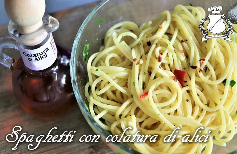 spaghetti con la colatura di alici