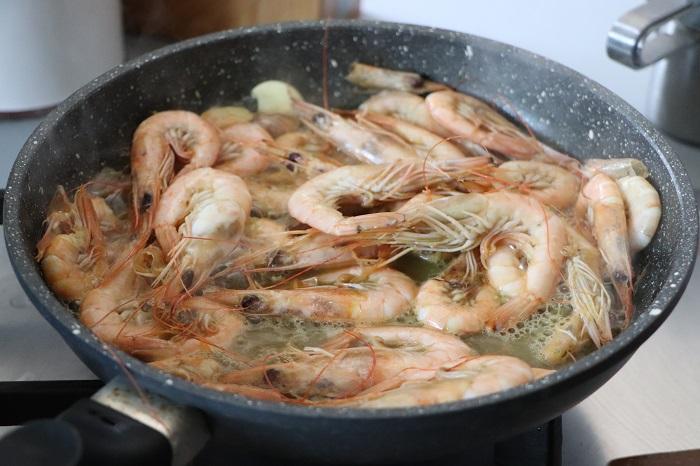 Gnocchetti di farina con asparagi, calamari e gamberetti 12