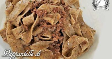Pappardelle di grano saraceno con ragù di selvaggina - baita fortini di napoleone molveno m