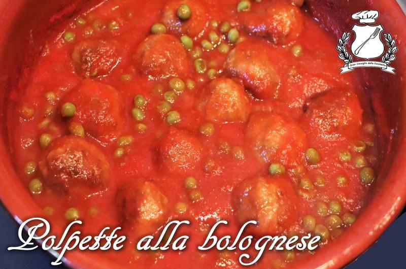 Polpette alla bolognese - Polpette al sugo con piselli