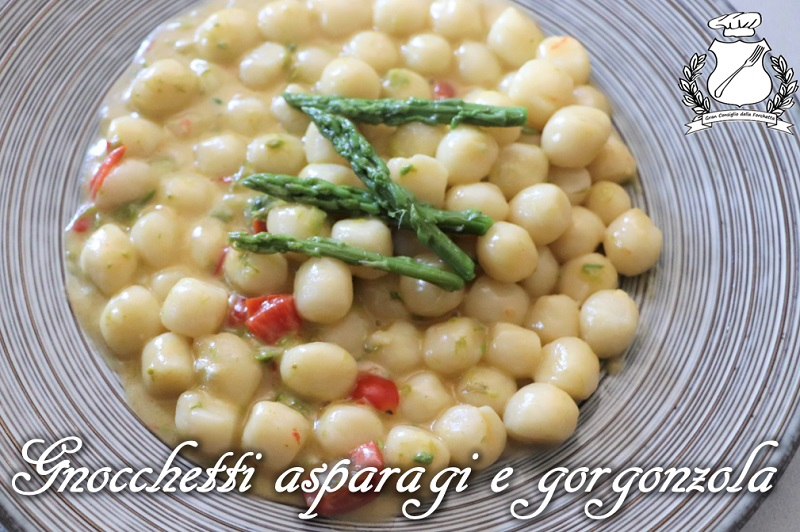 Gnocchetti asparagi e gorgonzola