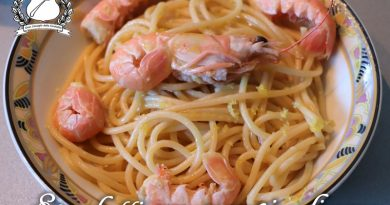 Spaghetti con scampi e limone