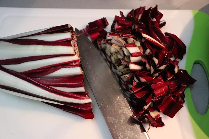 Insalata di radicchio, pomodori e prosciutto cotto 01