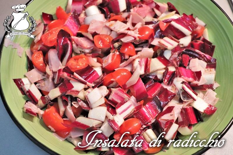 Insalata di radicchio, pomodori e prosciutto cotto